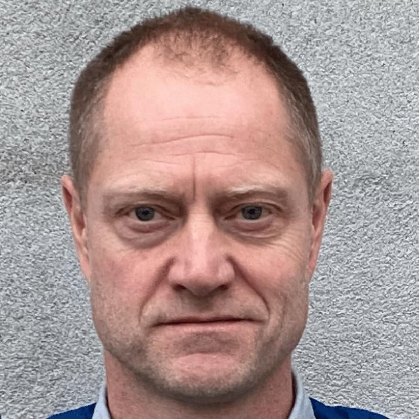 Rolv Helge Risholt